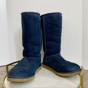 Tall navy blue Uggs size 6